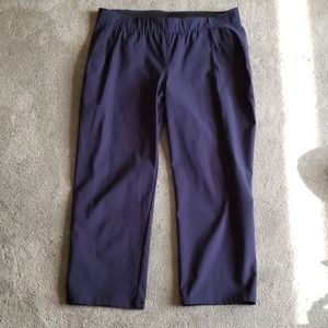 EUC Simply Vera Sz PM navy blue Capri pants